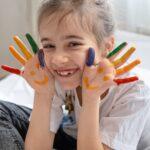 לגדל ילד מאושר – האם זה אפשרי בכל מצב?